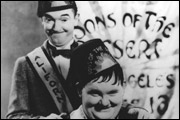 DICK UND DOOF – DIE WÜSTENSÖHNE (1933)