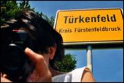 IMPORT-EXPORT – EINE REISE IN DIE DEUTSCH-TÜRKISCHE VERGANGENHEIT (2006)