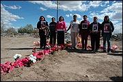 BAJO JUAREZ. LA CIUDAD DEVORANDO A SUS HIJAS Bajo Juárez. Die Stadt, die ihre Töchter verschlingt